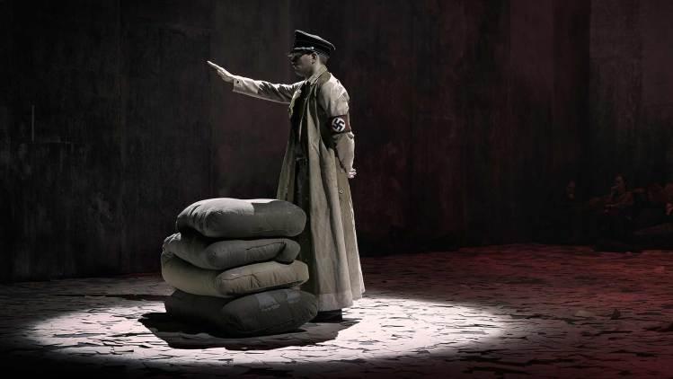 Andre-verdskrigen-Natt-i-verda-på-Det-Norske-Teatret-2016-23